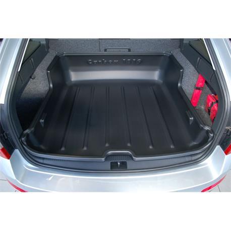 Kofferraumwanne für Skoda Octavia III Combi ab 6/2013 Carbox hoher Rand 101819000