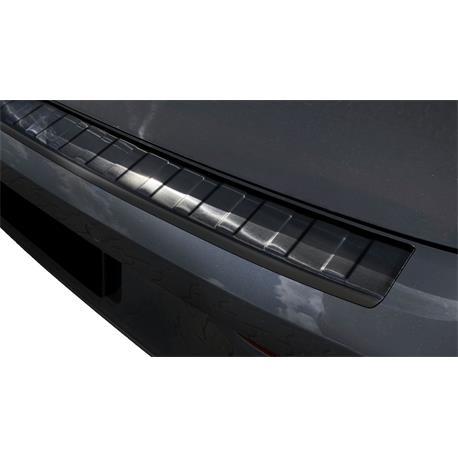 Ladekantenschutz Edelstahl für VW Golf 8 ab 2020 (schwarz)