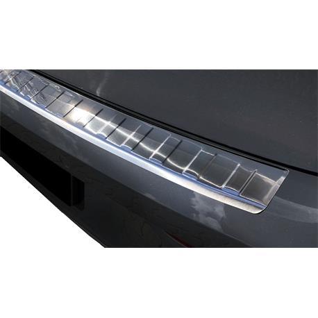 Ladekantenschutz Edelstahl für VW Golf 8 ab 2020
