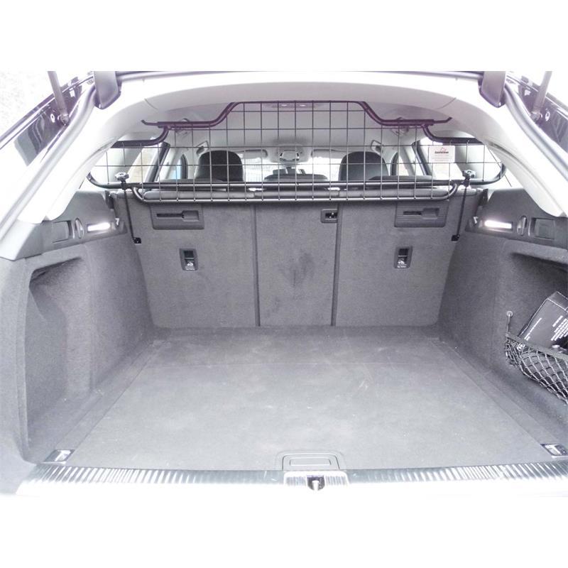 hundebox porsche macan finest porsche macan kofferraum. Black Bedroom Furniture Sets. Home Design Ideas