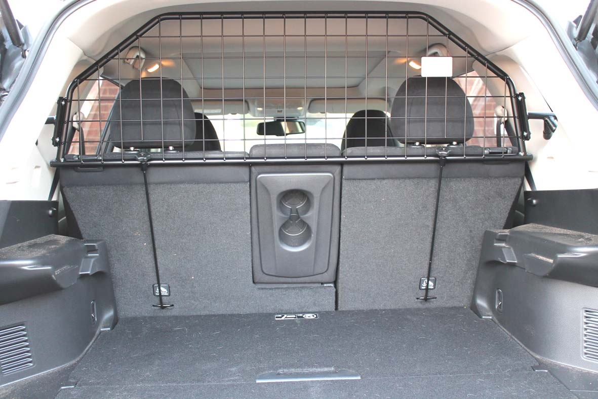 hundegitter f r nissan x trail t32 ab 7 2014. Black Bedroom Furniture Sets. Home Design Ideas