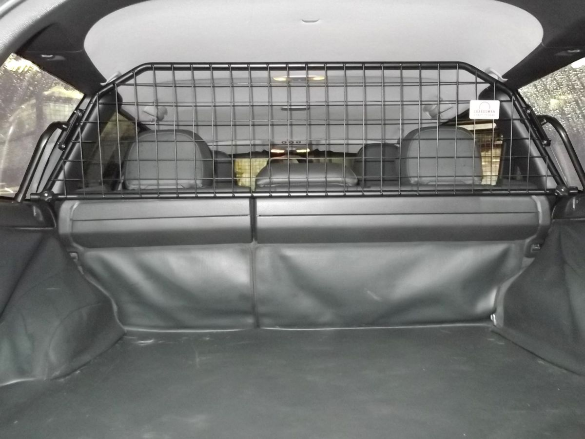 hundegitter auto universal kofferraum trenngitter zum. Black Bedroom Furniture Sets. Home Design Ideas